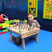 Op deze afbeelding ziet u kindermeubel buxus kralentafel hout